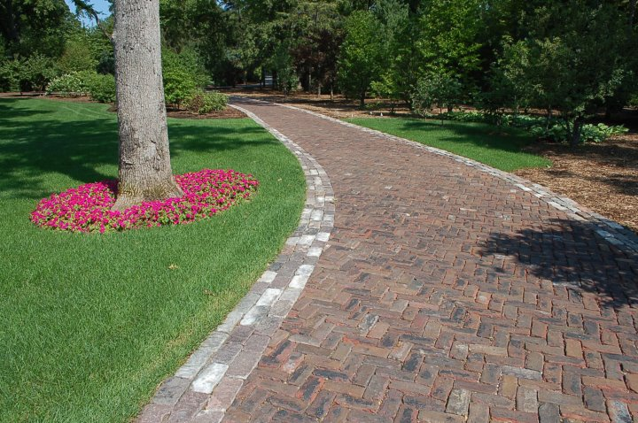 Reclaimed pavers driveway